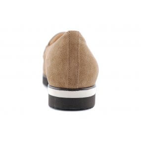 301538 G instapper taupe suede ornamentje
